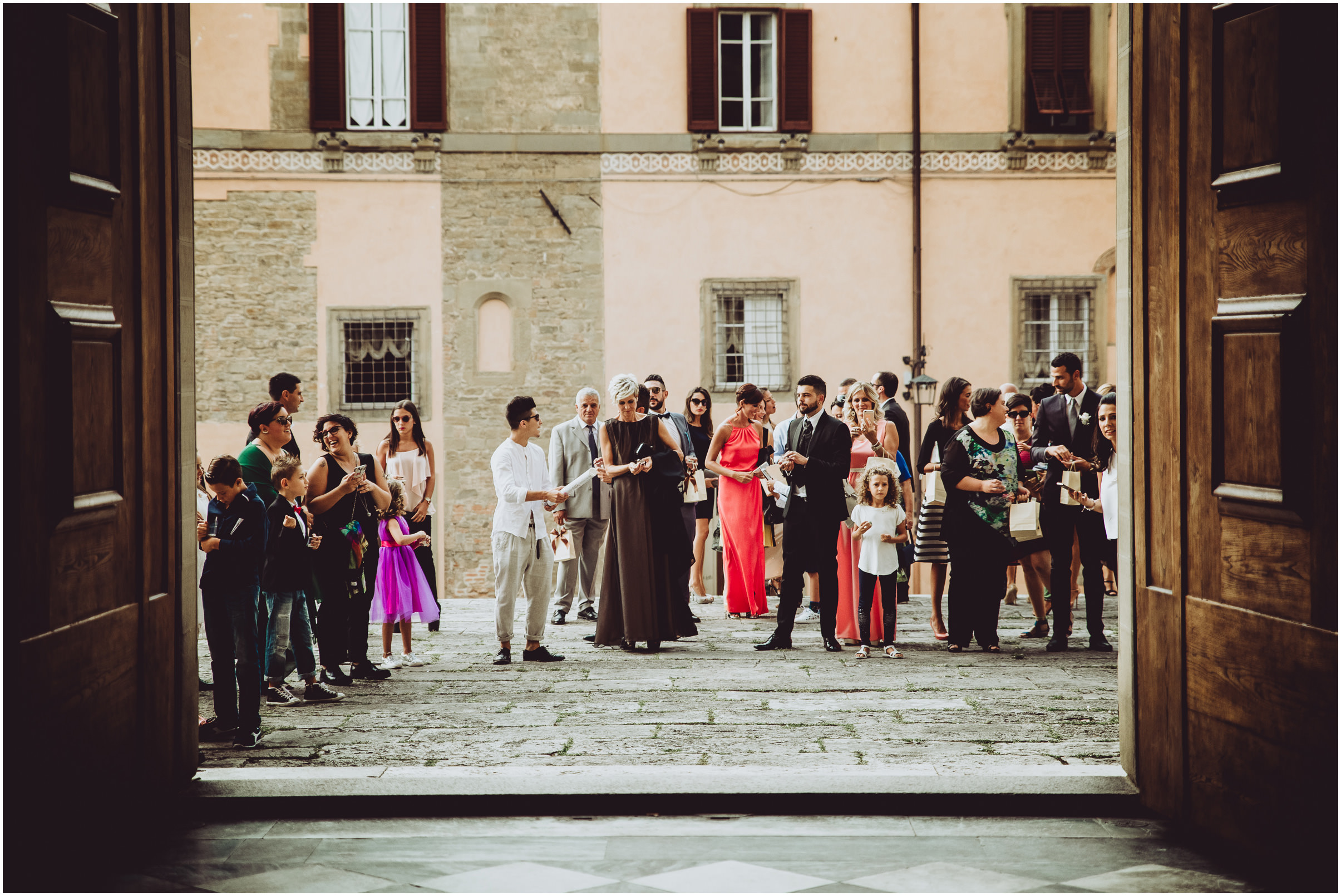 WEDDING-PHOTOGRAPHY-SARA-LORENZONI-FOTOGRAFIA-MATRIMONIO-AREZZO-TUSCANY-EVENTO-LE-SPOSE-DI-GIANNI-ELISA-LUCA025
