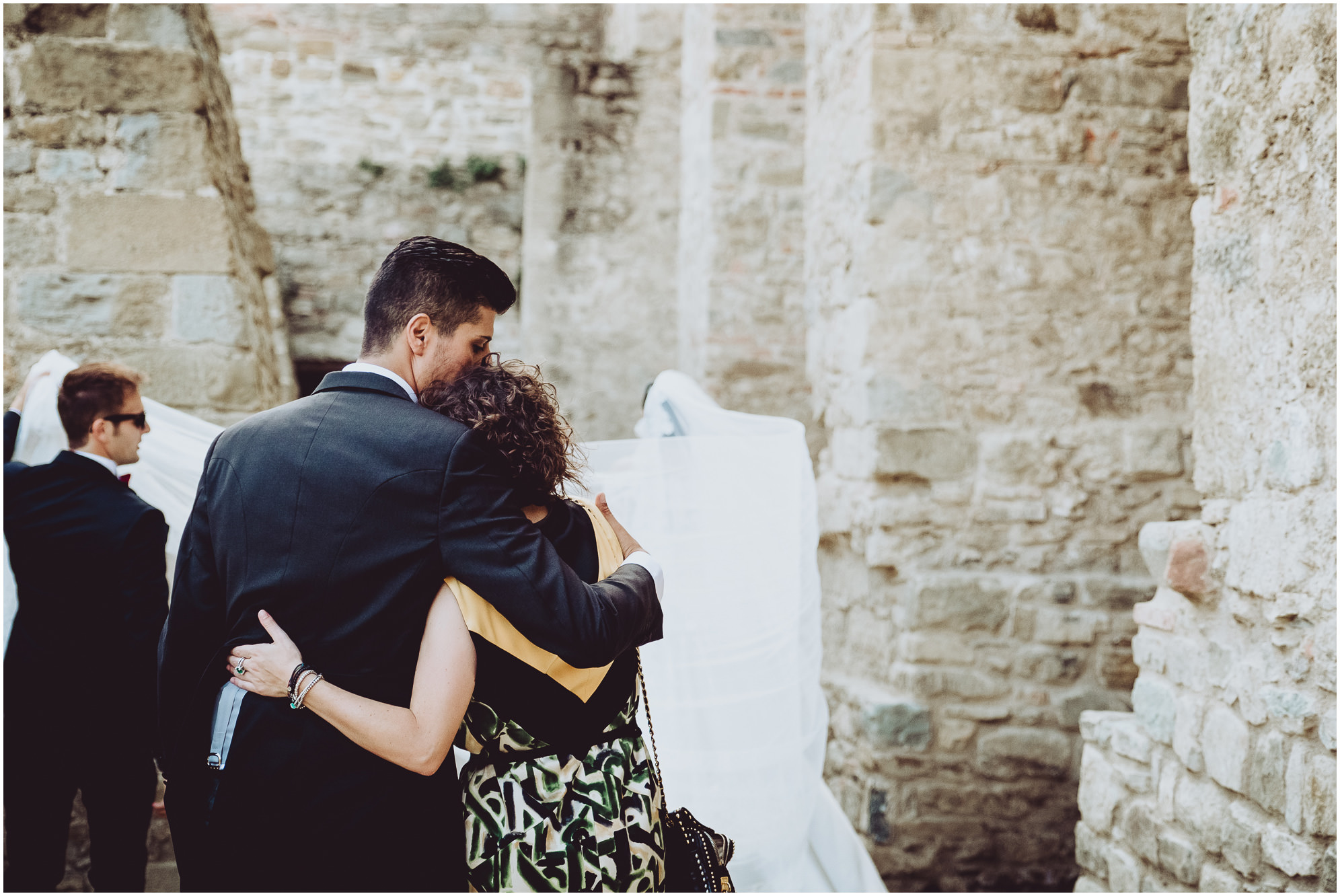 WEDDING-PHOTOGRAPHY-SARA-LORENZONI-FOTOGRAFIA-MATRIMONIO-AREZZO-TUSCANY-EVENTO-LE-SPOSE-DI-GIANNI-ELISA-LUCA040
