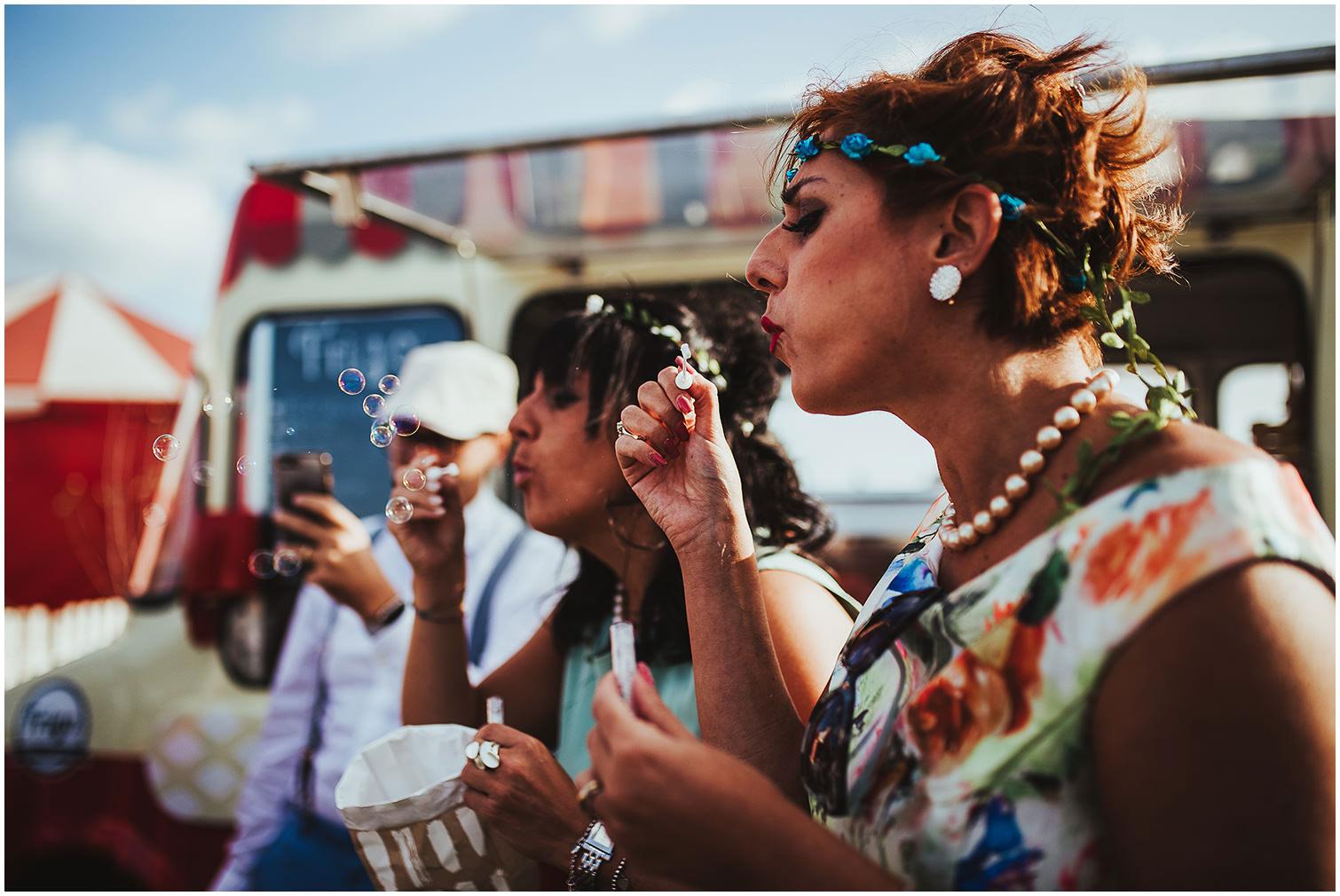 CLARA-RICCARDO-MATRIMONIO-CIRCO-VOLAVOILA-ROMA-SARA-LORENZONI-WEDDING-PHOTOGRAPHY-044