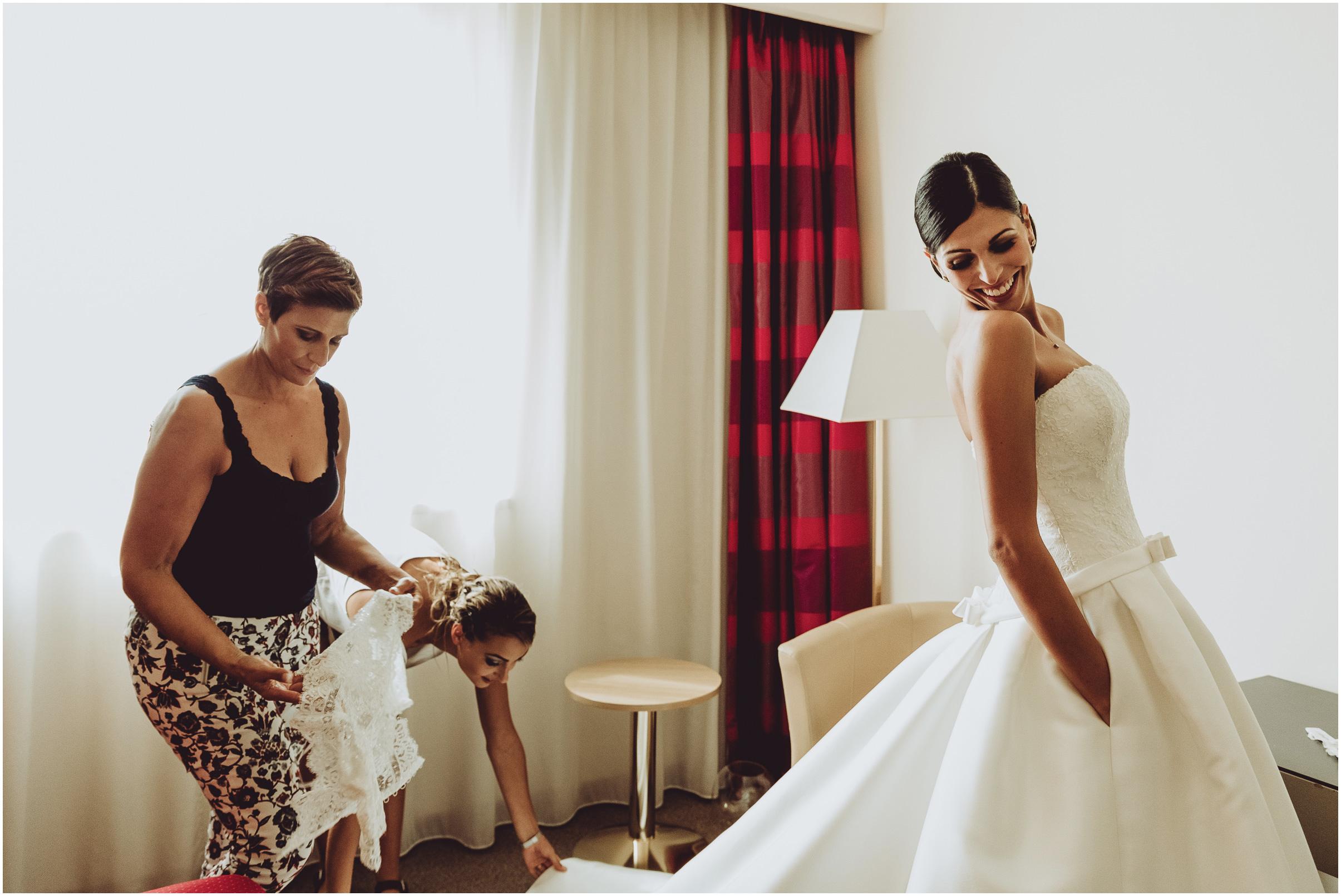WEDDING-PHOTOGRAPHY-SARA-LORENZONI-FOTOGRAFIA-MATRIMONIO-AREZZO-TUSCANY-EVENTO-LE-SPOSE-DI-GIANNI-ELISA-LUCA008