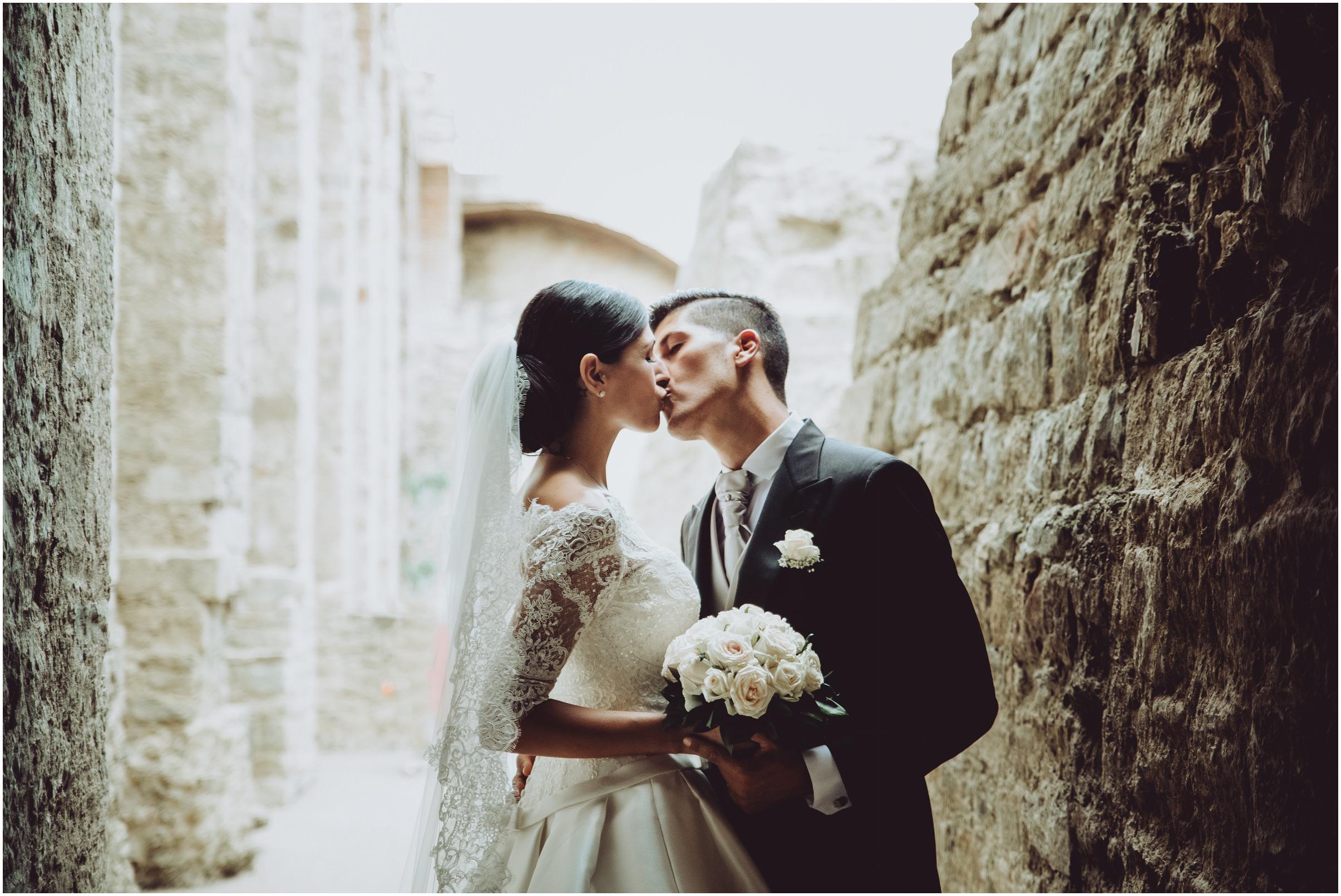 WEDDING-PHOTOGRAPHY-SARA-LORENZONI-FOTOGRAFIA-MATRIMONIO-AREZZO-TUSCANY-EVENTO-LE-SPOSE-DI-GIANNI-ELISA-LUCA038