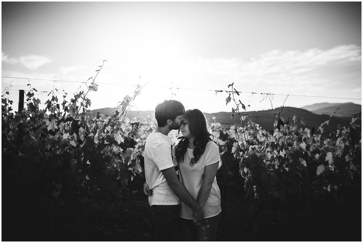 SARA-LORENZONI-ENGAGEMENT-LOVESESSION-PHOTOGRAPHY-AREZZO-TUSCANY-FRA-ANDREA-11